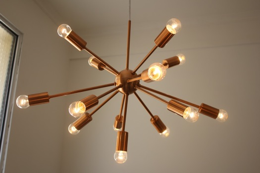 Choosing the perfect chandelier for your dining room