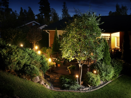 Accent Lighting Adds Curb Eal At Night Rensen House Of