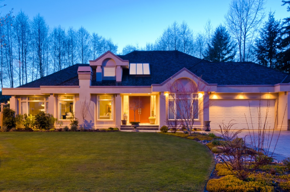 Tips For Using Outdoor Spotlights, Outdoor Spot Lights For House